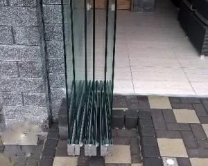 Sklenené posuvné dvere - 40
