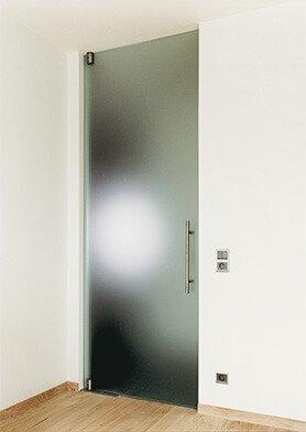 otváravé sklenené dvere